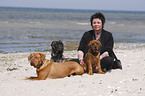 Frau mit Hunden / woman with dogs